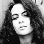 "[Muzyka] Debiut: Bibi Bourelly ""Sally"""